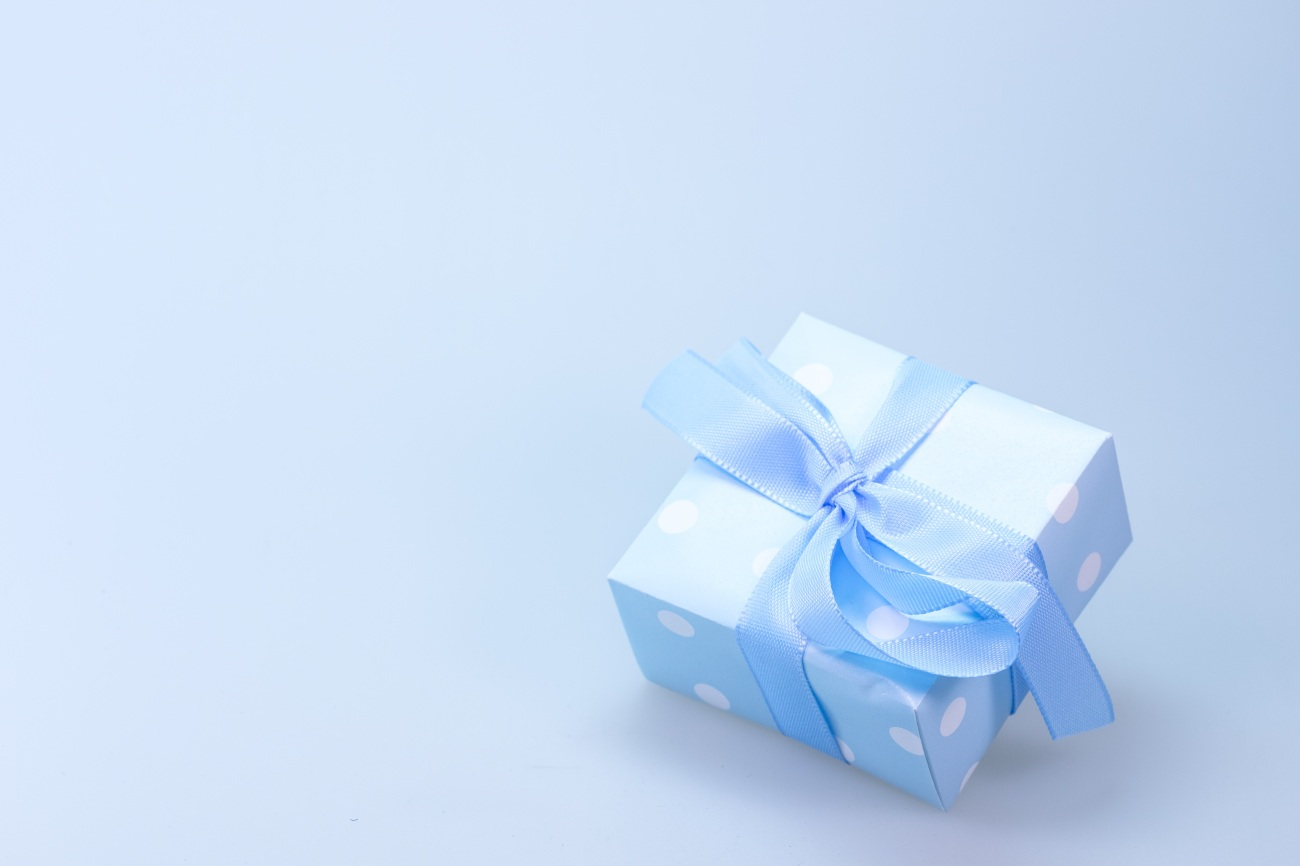 gift to someone IELTS PTE.jpg