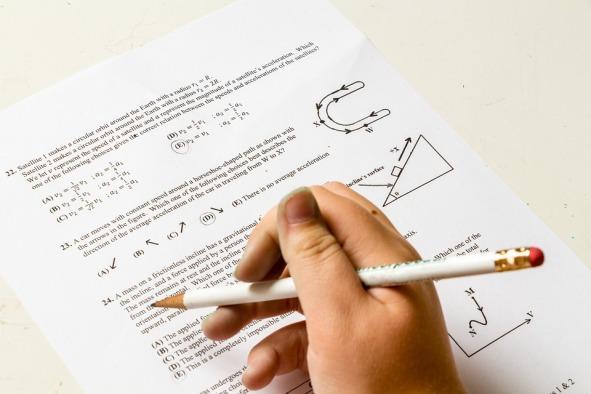 exams IELTS PTE.jpg