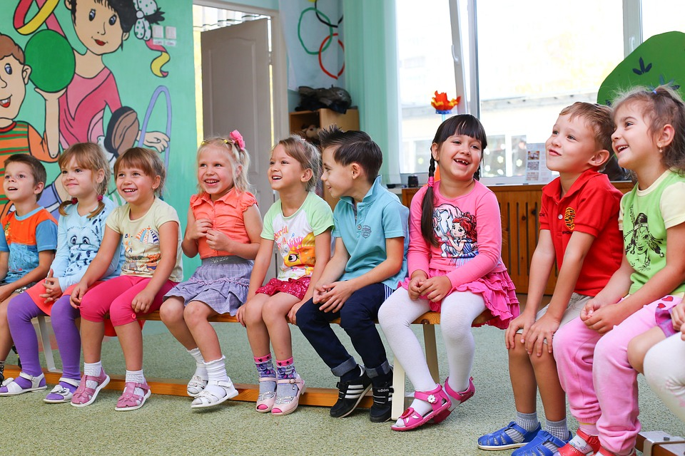 children should go to kindergarten IELTS July 2018 essay.jpg